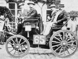 1894_paris-rouen_-_albert_lemaître_(peugeot_3hp)_1st