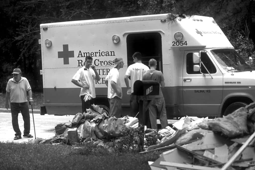 Houston, TX, June 19, 2001 -- The American Red Cross assists flood victims following Tropical Storm Allison. Photo by Andrea Booher/ FEMA News Photo