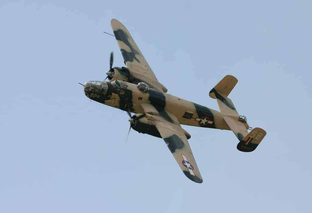1200px-North_American_B-25_Mitchell_Góraszka_2007