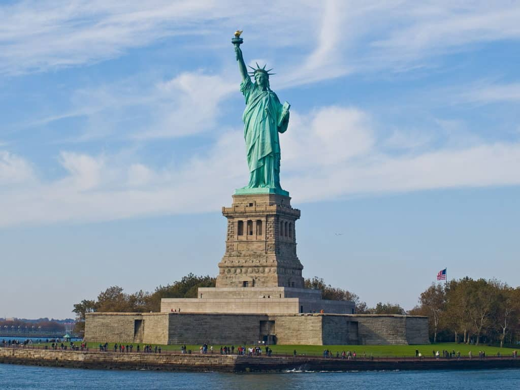 1200px-Statue_of_Liberty,_NY