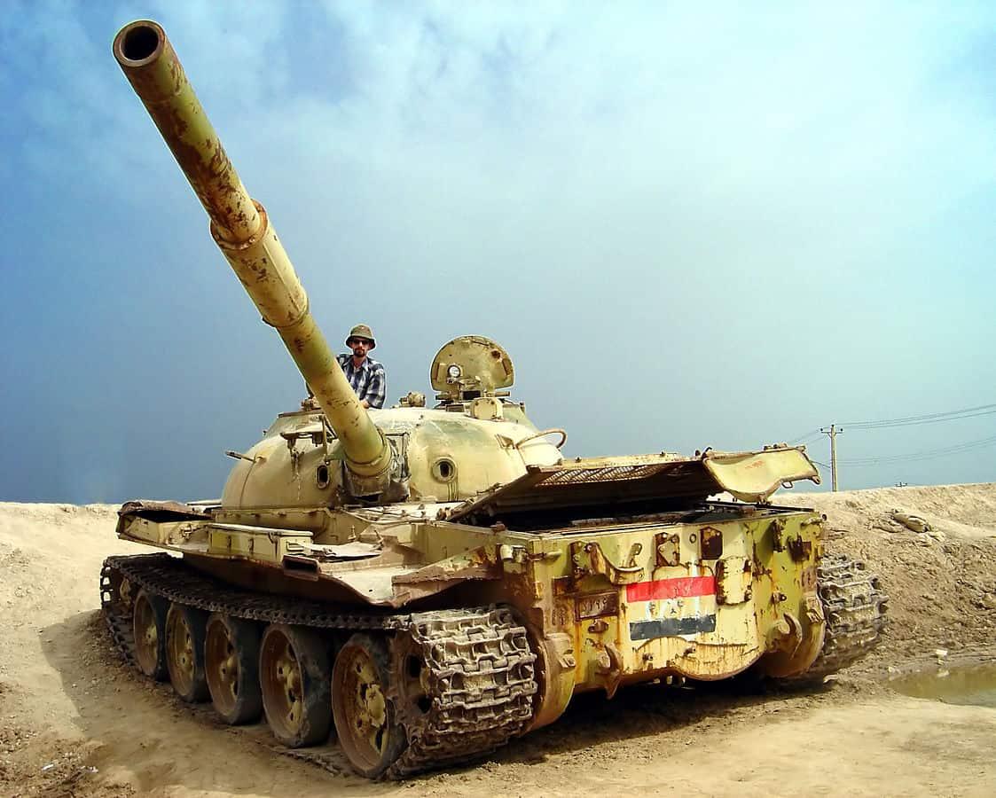 1123px-me_iraqi_war_tank