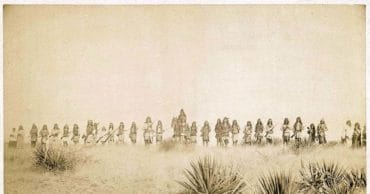 This Day In History: Geronimo Surrenders to the American Army (1886)