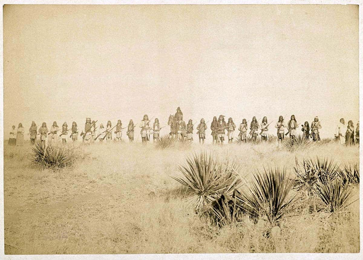 This Day In History Geronimo Surrenders To The American