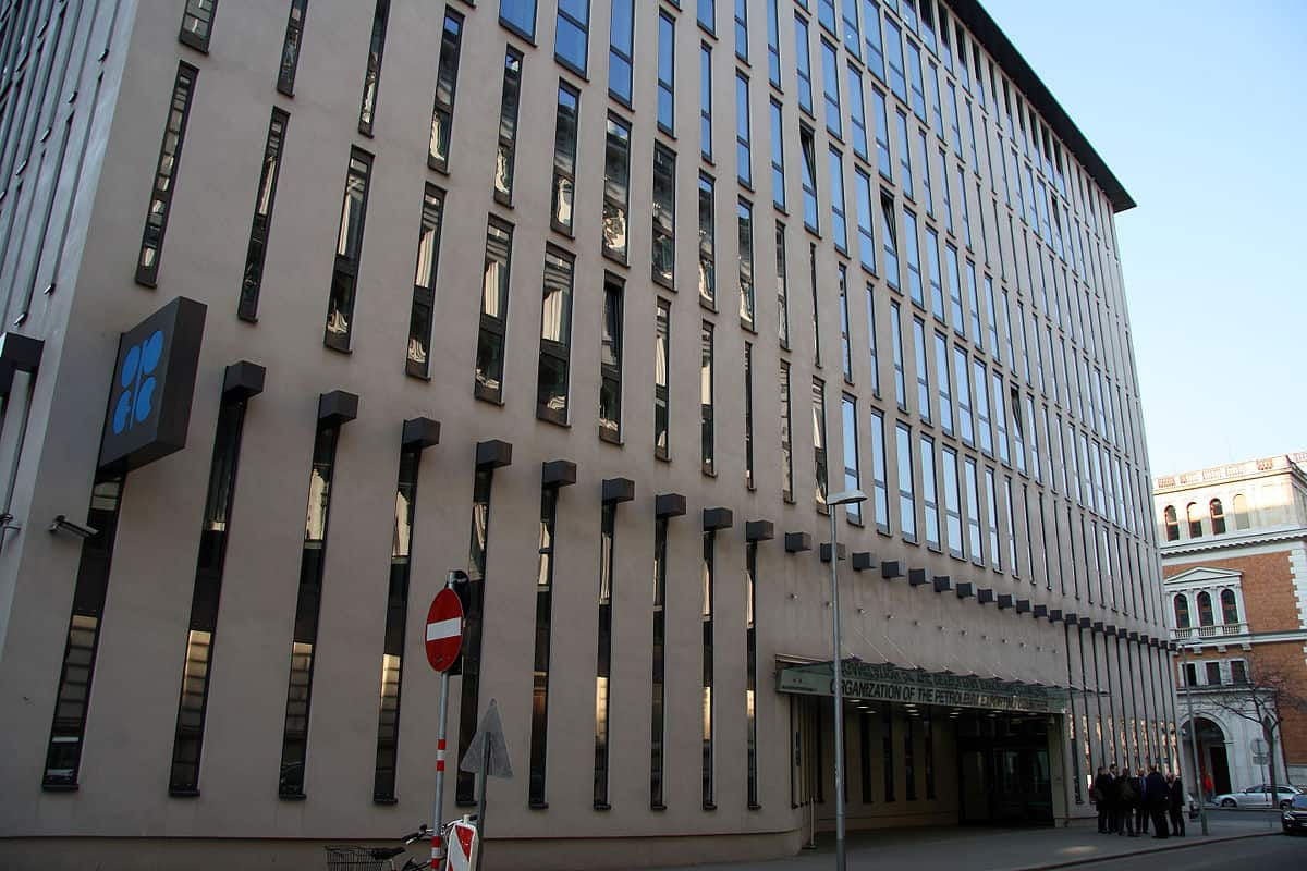 1200px-OPEC_Headquarter_Vienna