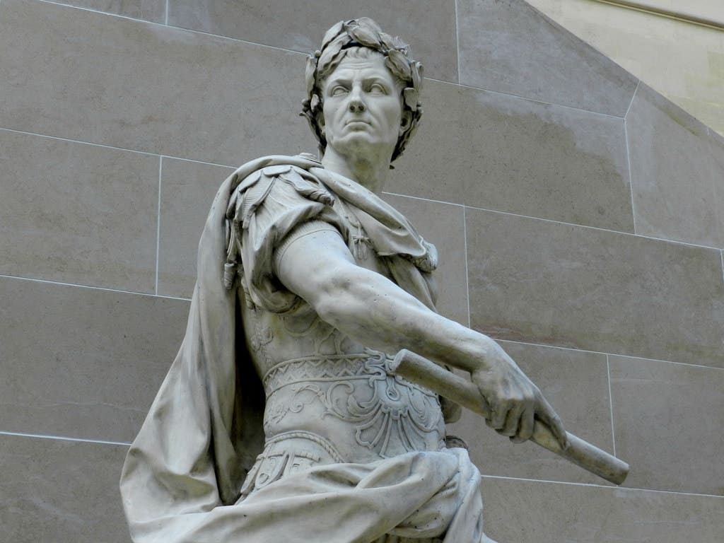 Flickr (Statue of Julius Caesar at the Louvre)