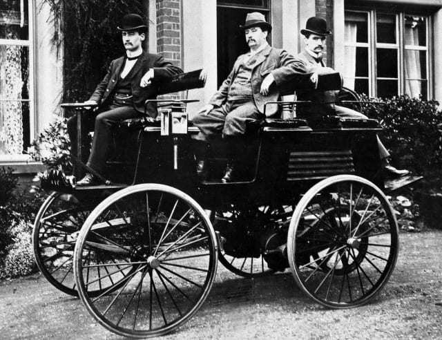 thomas parker invented the first electric car in 1884. Black Bedroom Furniture Sets. Home Design Ideas