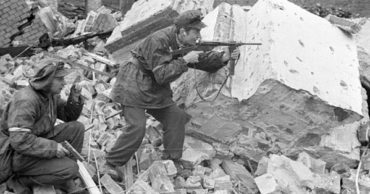 21 Moving Images of the Warsaw Uprising During World War II