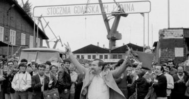 23 Photographs of the Polish Solidarity Movement That Helped Bring About the End of Communism