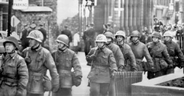 25 Photos of the 1970 October Crisis in Quebec