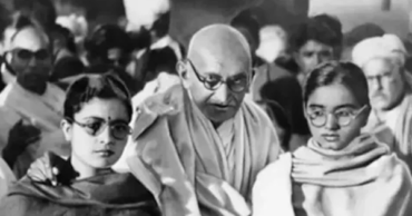 Sources Claim Gandhi Used to Frequently Sleep Naked In a Bed With Young Girls… Including His Grandniece