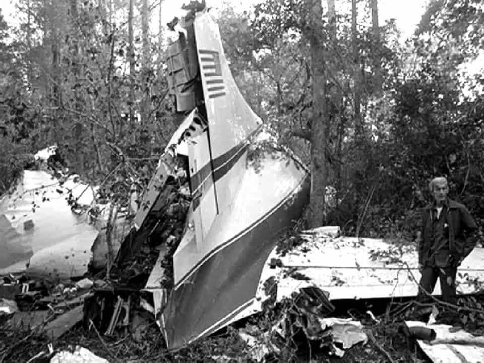"""Resultado de imagen de lynyrd skynyrd fatal crash"""""""