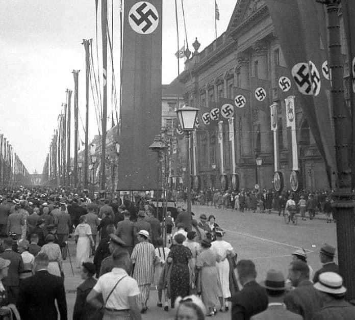 A Look Inside Hitler's 1936 Nazi Olympics Through Amazing Photographs