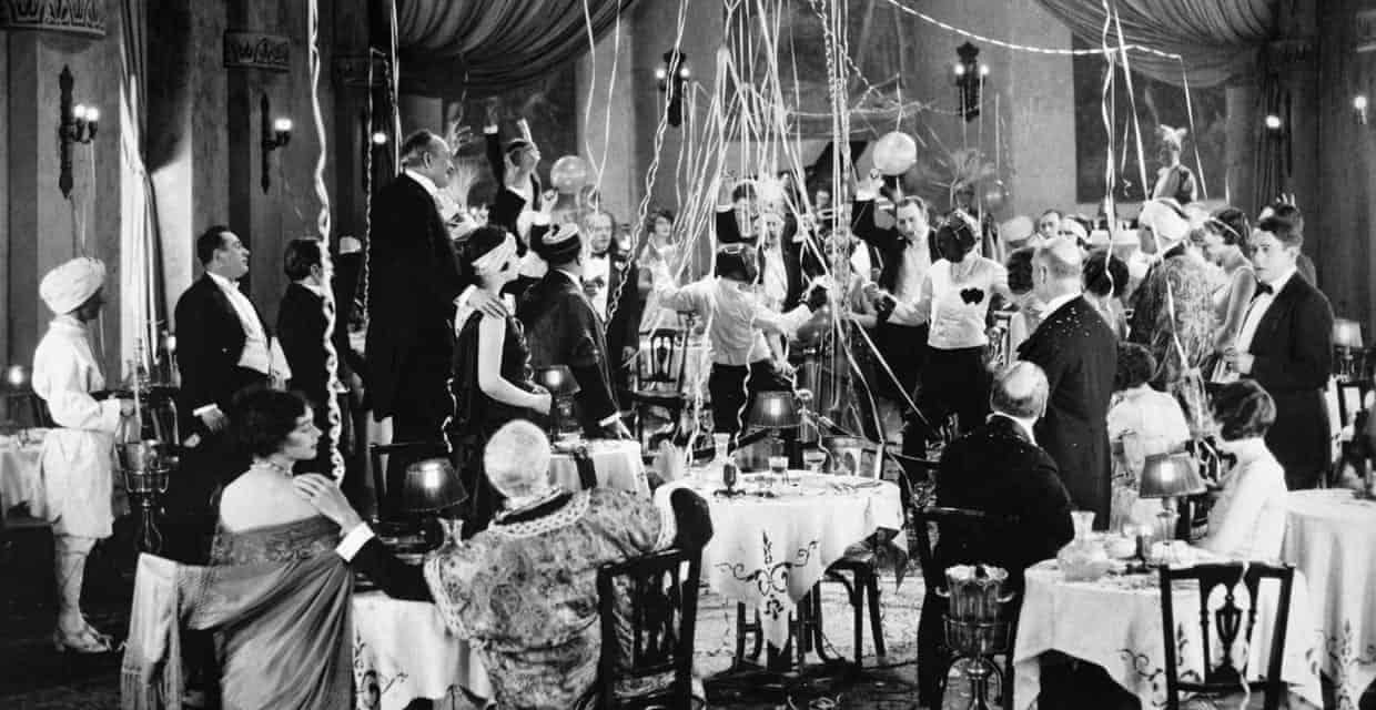 Epic Parties you Wish You Went To: The Roaring 20s in Photos