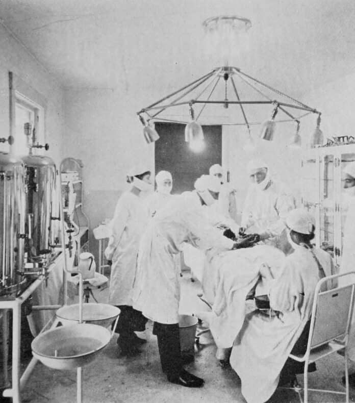 People Tried these Useless Methods to Ward off Illness Outbreaks in History